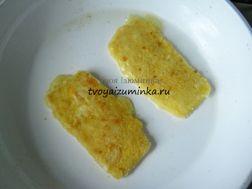 Обжаривание сыра с двух сторон