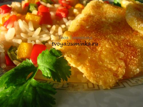 Шницель из сыра с овощным гарниром