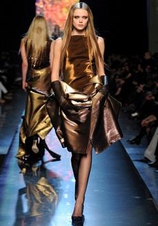 Мода весна 2013 блестящие наряды