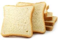 Маска из белого хлеба от цыпок рук