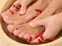 Домашний уход за ногами - ножные ванночки из трав
