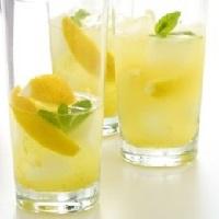 Лимонад из лимонов для лечения заболеваний желчного пузыря