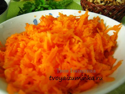 Морковь, натертая на крупной терке