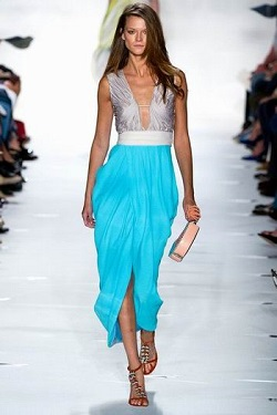 Какой должна быть длина платья. Длина по щиколотки.