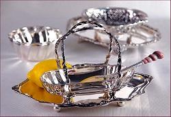 Чем очистить серебряную посуду