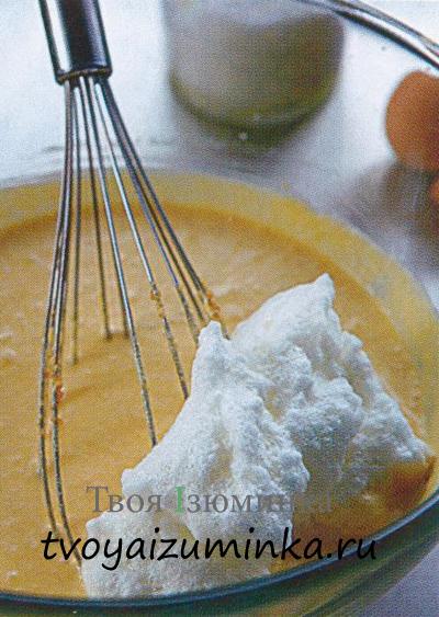 Рецепт итальянского мороженого семифреддо. Введение взбитых белков.