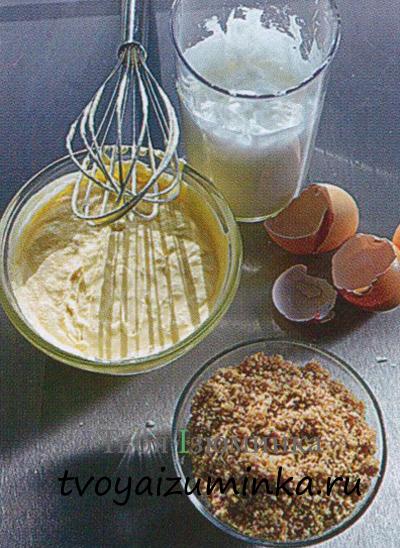 Рецепт итальянского мороженого семифреддо. Взбитые желтки и сливки.