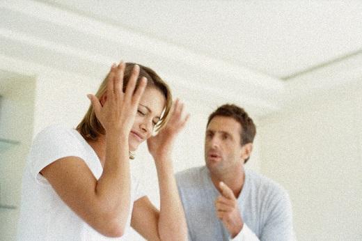 Как пережить кризис в семье - измену и ревность.