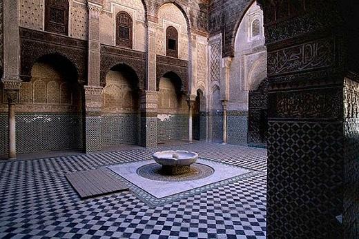 Туры в Фес, Марокко. Университет Аль-Каруин.