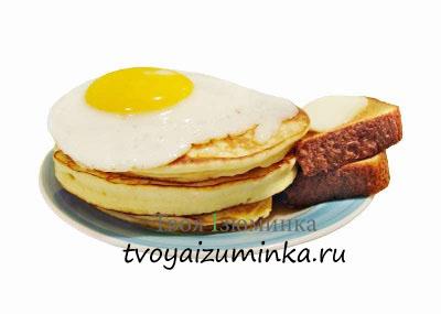 Яйца на тостах