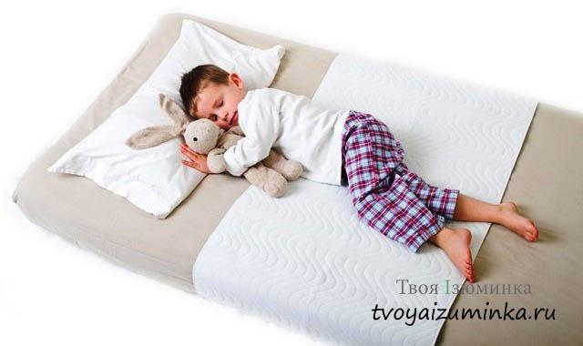 Как правильно выбрать детский матрас в кроватку