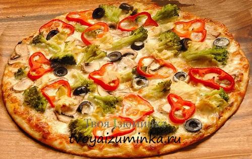 Пицца с овощами.
