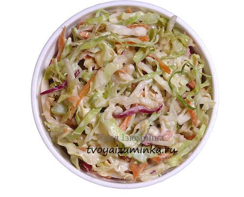 Капустный салат с огурцом и перцем
