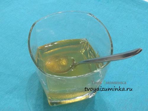 Желатин, залитый водой