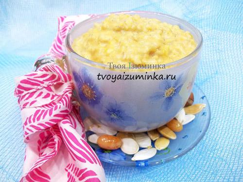 Овсяная каша на молоке с тыквой