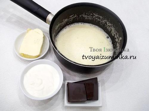 yaichnaya-massa-smetana-maslo-i-shokolad