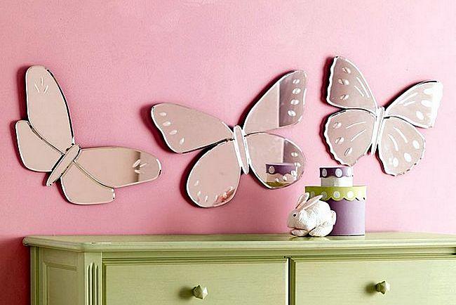 Зеркало в форме бабочек