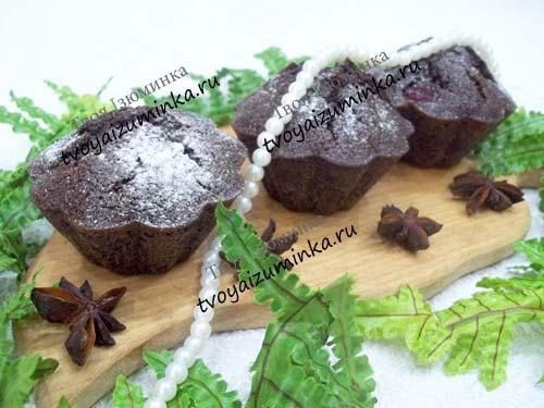 Шоколадные кексы в силиконовых формочках с шоколадной крошкой