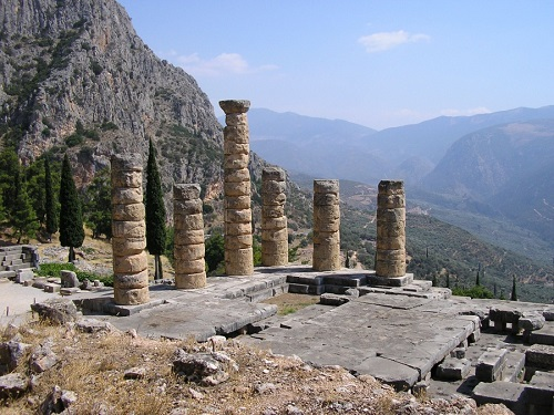 Священная гора Парнас, Греция.