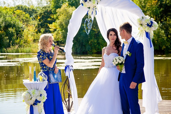 ведущая свадьбы